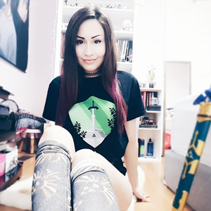 A true legend! Sarita @alienofthemoon is ready to conquer Hyrule in style!
