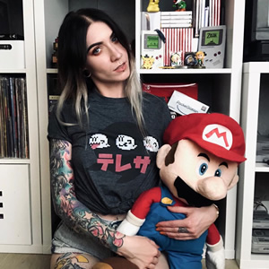 Jump into those retro Mario worlds with @kisspatka!